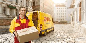 Plukkruidje-DHL-Bezorger